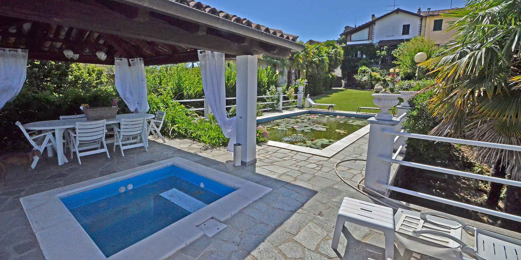 #1355 Villa with swimming pool