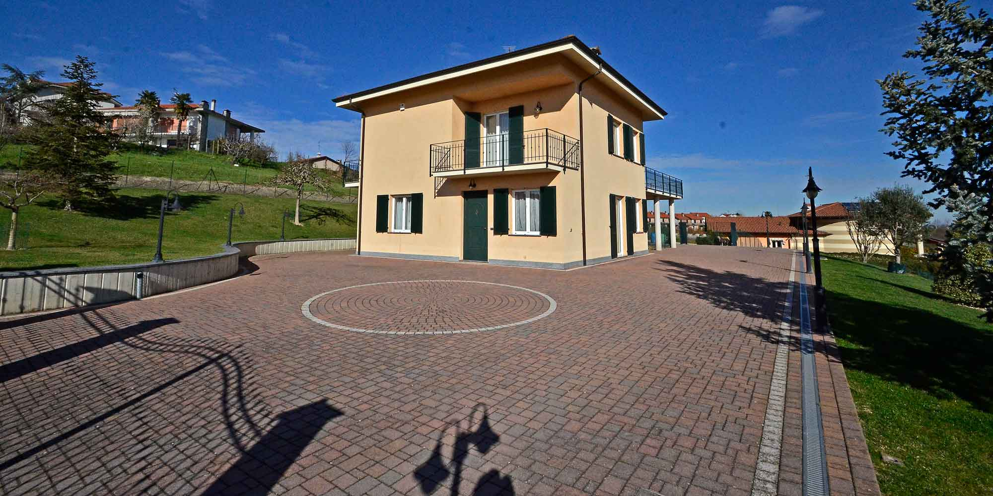 #1413 Detached villa